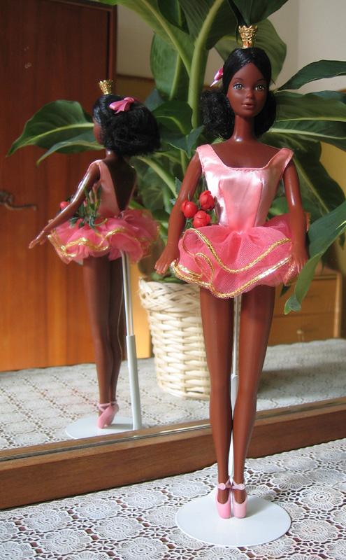 Ballerina-Barbie-–-Cara
