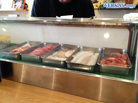 函館朝市 海鮮丼 道産んこ食堂 えび いくら いか マグロ かに ホタテ 鮭 サーモン