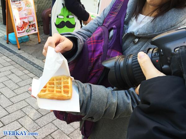 しらすバターワッフル 食べ歩き 江ノ島 江ノ島駅