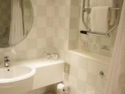ホリデイ・イン・グロスター バスルーム