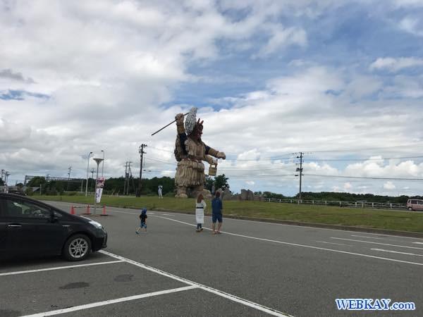 駐車場から巨大なまはげ Huge Namahage 男鹿 akita japan Oga 見どころ ビュースポット
