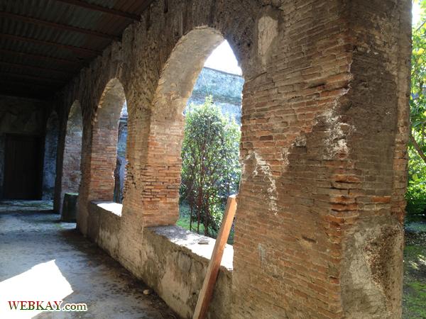 フォーロ浴場 TERME DEL FORO ポンペイ Pompeii 世界遺産 オプショナルツアー 観光 イタリア周遊 旅行