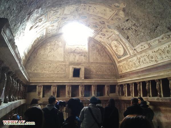 ぬるま湯の浴室 TERME DEL FORO ポンペイ Pompeii 世界遺産 italy
