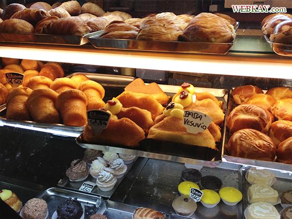 ナポリ パイ 食べログ バル スカトゥルキオ スフォリアテッレ sfogliatella Bar Scaturchio Napoli