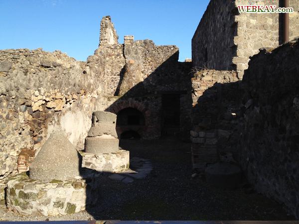 モデスト パン屋 ポンペイ Pompeii 世界遺産 italy
