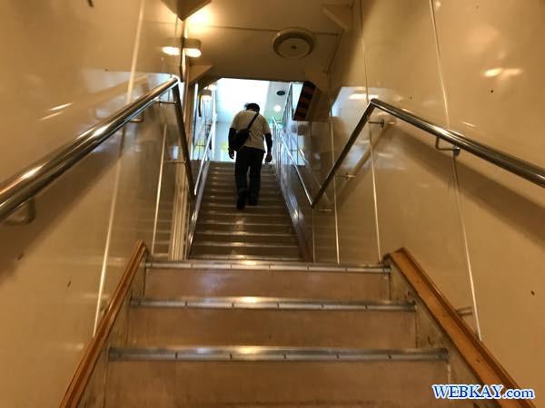 乗船 階段 八戸港フェリーターミナル シルバーフェリークイーン hachinohe ferry terminal silver ferry queen