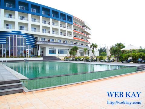 沖縄の久米島 ホテル「サイプレスリゾート久米島」 プール