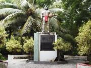 サイパン マニャガハ島 チーフアグルブの像 (saipan,managaha island,Aghurubw's monument)