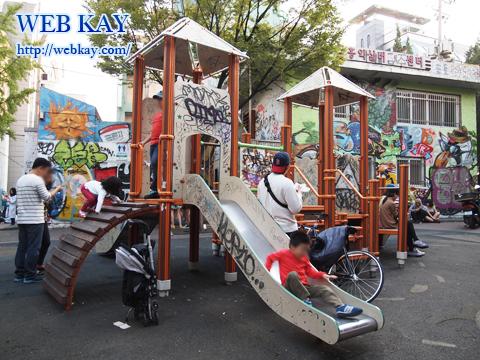弘益大学前 ホンデ フリーマーケット デザイナー アート 滑り台