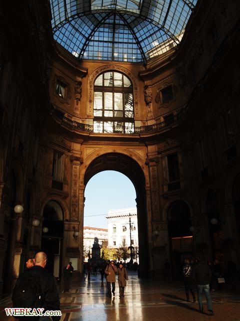 トリノの牛 かかと 願い ミラノ MILANO 散策 イタリア旅行 観光スポット