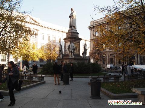 スカラ広場 piazza della scala ミラノ MILANO 散策 イタリア旅行 観光スポット