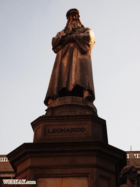 レオナルド・ダ・ヴィンチ像 LEONARDO ミラノ MILANO 散策 イタリア旅行 観光スポット