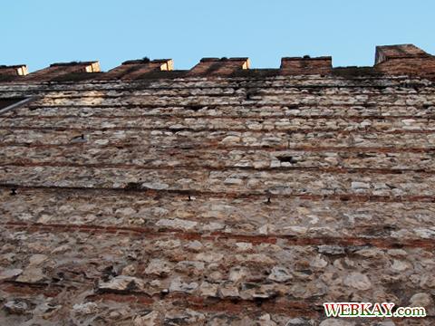 城壁 Verona ヴェローナ 散策 イタリア ぶらり旅 レビュー 口コミ