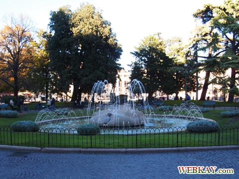 ブラ広場 Piazza Bra Verona ヴェローナ 散策 イタリア ぶらり旅 レビュー 口コミ