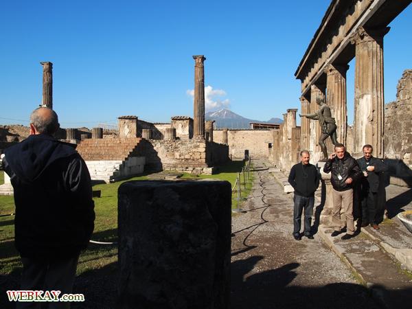 アポロ神殿 ポンペイ Pompeii 世界遺産 オプショナルツアー 観光 イタリア周遊 旅行