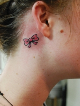 Tattoo Designs タトゥー リボン ribbon 耳後
